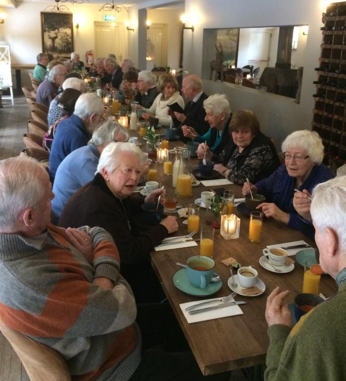 2019-01-22 Lunchen met de ouderen