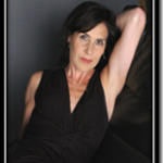 Shaunette Hildabrand, zang